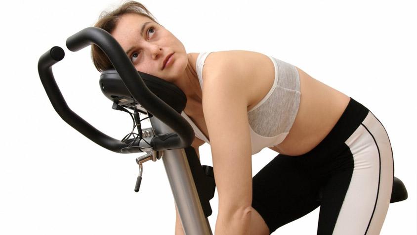 keményen edzek, de nem fogyok)