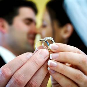 külsejű férfi a házasság