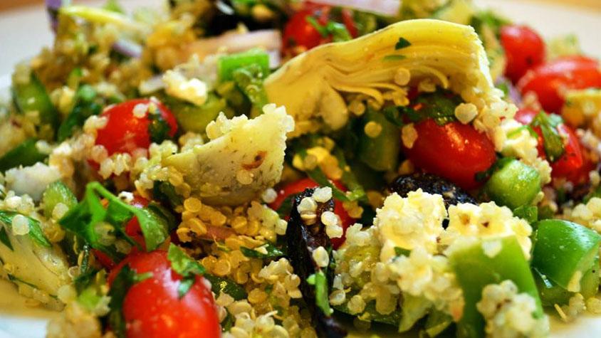 quinoa_gorog_salata