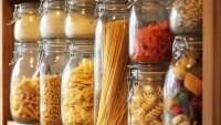 Nyisd ki a konyhaszekrényedet! Élelmiszerek, amelyek szavatossági ideje hamarabb lejár, mint gondolnád!