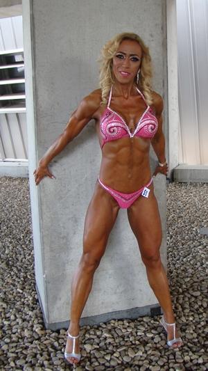 Orban_Kriszta_fitness_versenyzo