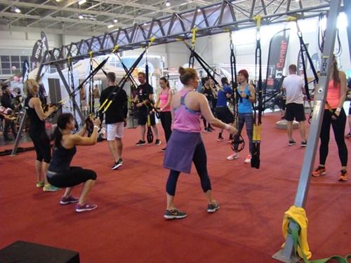 fitness-kiallitas-trx
