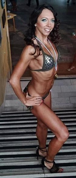 fitness-modell-versenyzo-Csilla