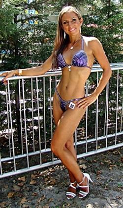 fitnesz-modell-anyuka