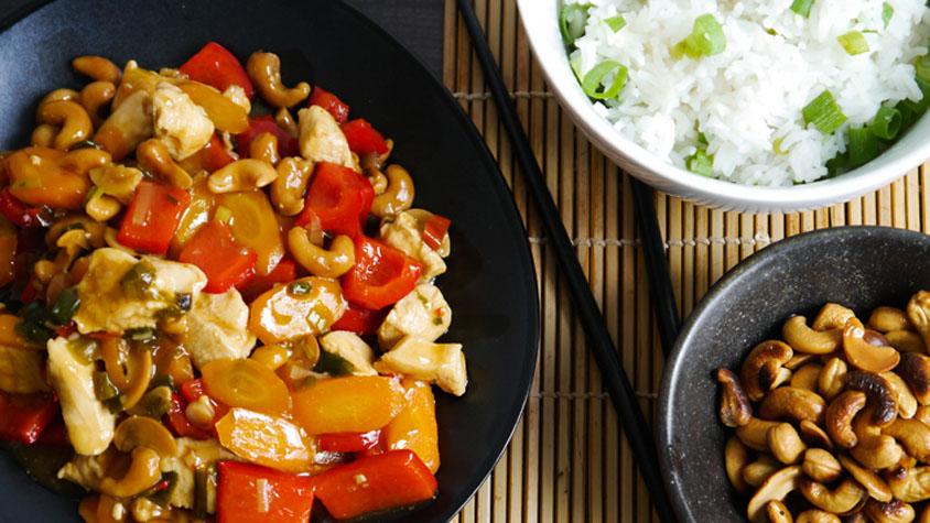 kesudios-thai-csirke-recept