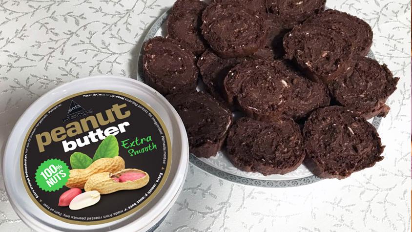 csokis-mogyoros-piskotatekercs