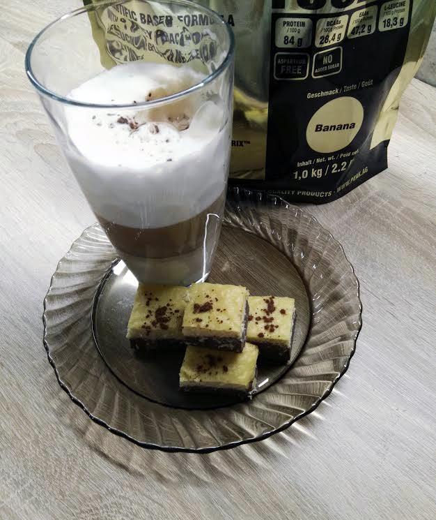 csokis-bananos-feherjesuti