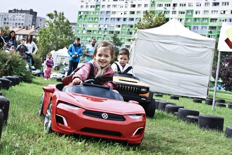 henes-kisauto-verseny