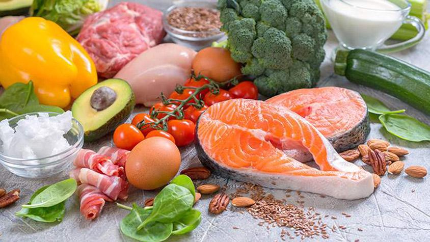 mit lehet enni egy keto diéta esetén?
