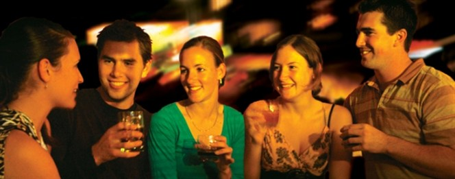 party_bus_people_drinking_664x261