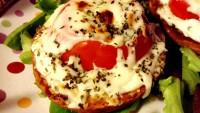 Egy melegszendvics, ami nem az egyszerűségéről híres! Viszont annál értékesebb tápanyagokban!