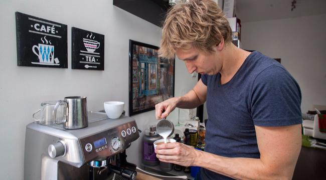 verraszto-david-kavefozes