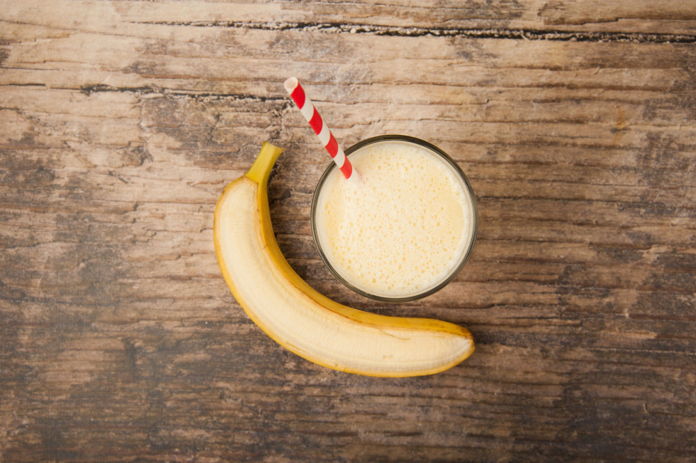 43569746 - banana milkshake